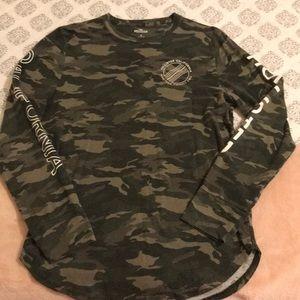 Camouflage crew neck